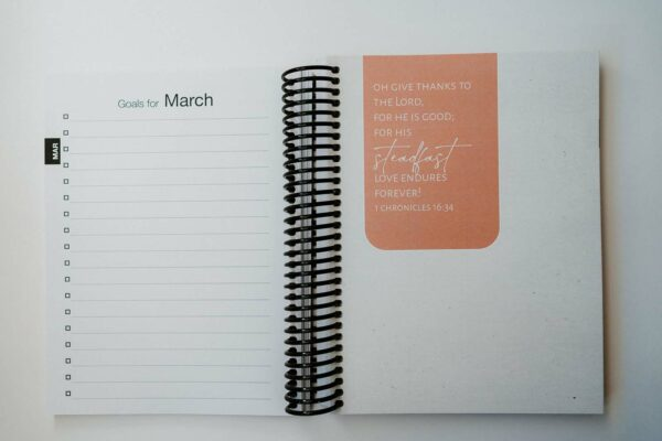 2022 Minimal Weekly Planner - March Goals Page