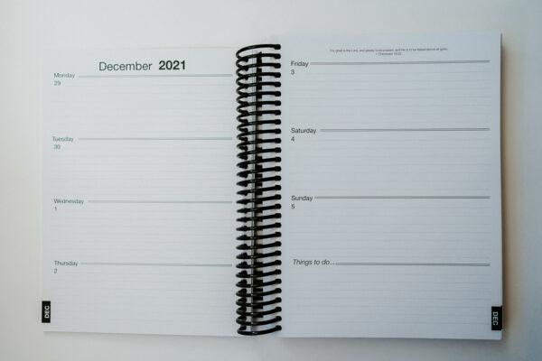 2022 Minimal Weekly Planner - Week Page Layout